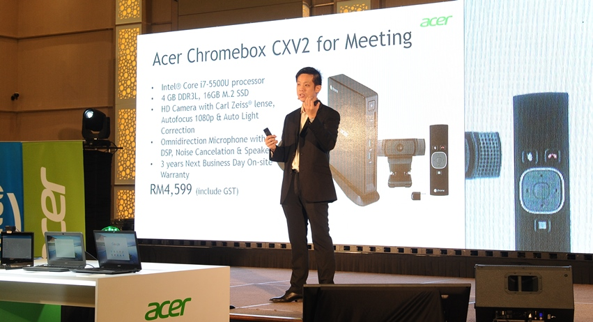 Photo 3 Product Presentation by Eddy Tee, Lead - Enterprise & SMB, Acer Malaysia