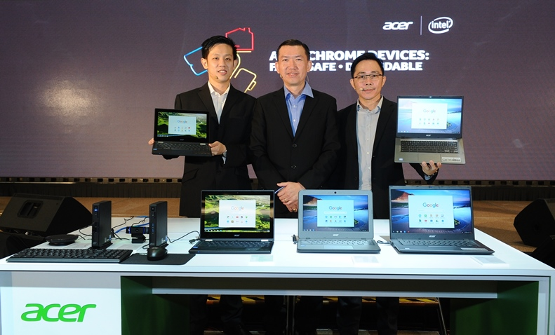 Photo 5 The products team from Acer Malaysia with the newly launched Acer Chrome devices