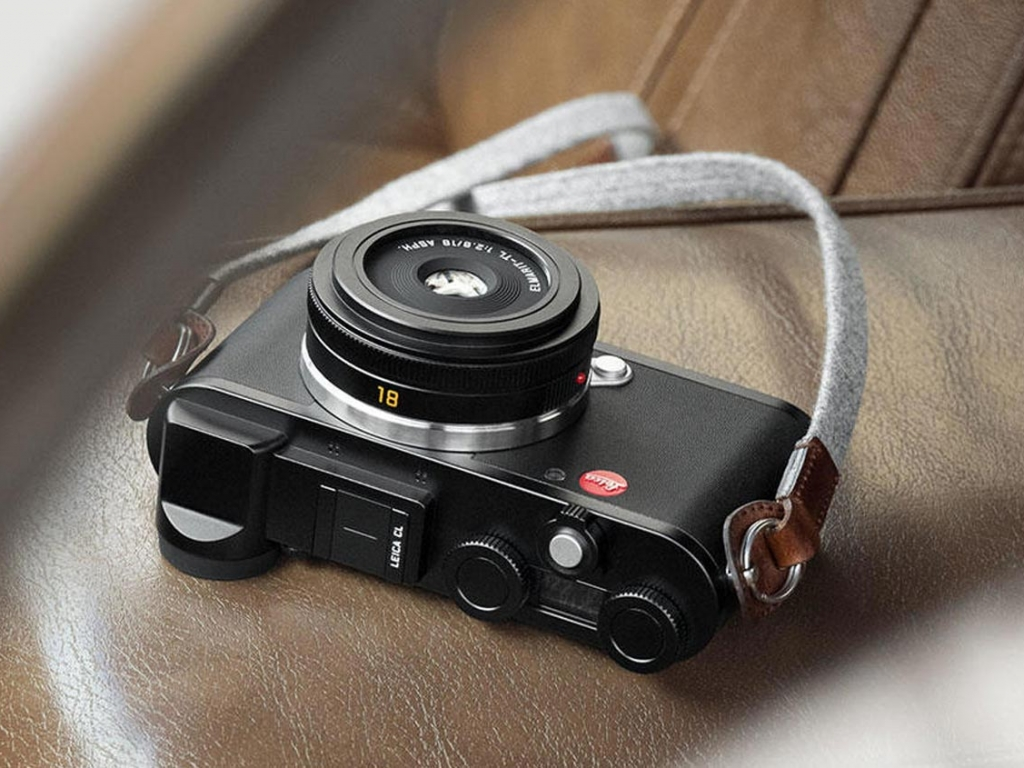 New Camera Leica CL Combination With Whe High-Resolution, 24 MP, APS-C Format Sensor