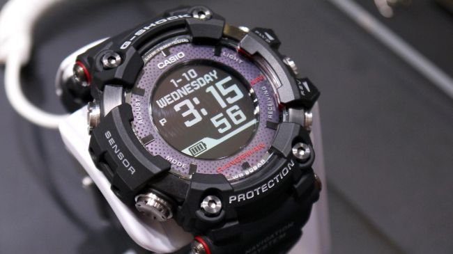 Casio G Shock Rangeman The World S First Solar Powered Smartwatch