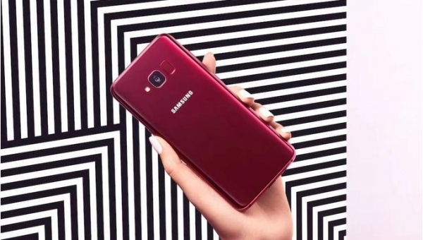 Galaxy-S8-Lite-press-renders-reveal-Burgundy-Red---Black-variants