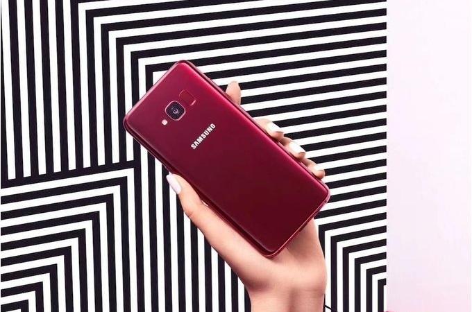 Galaxy-S8-Lite-press-renders-reveal-Burgundy-Red---Black-variants